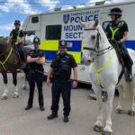 mounted police patrol amersham july 2020